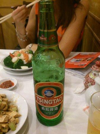 American Restaurant : Large bottles of beer