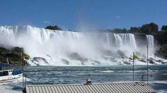 Bedore Tours: American Falls, Niagara