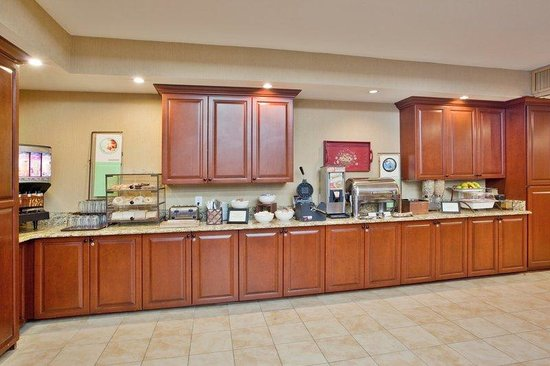 Country Inn & Suites By Carlson, Atlanta Northwest at Windy Hill Road: CountryInn&Suites WindyHill BreakfastRoom