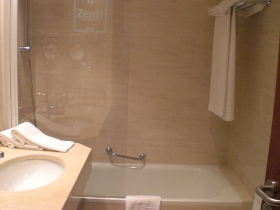 Hotel Zenit Malaga: bagno