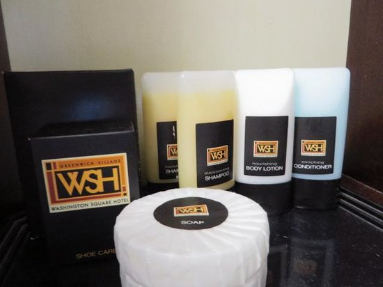 Washington Square Hotel : bath amenities