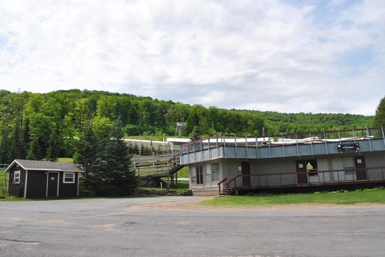 Bobsled and Luge Complex : Vista