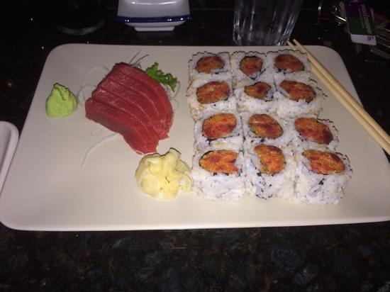 Shio: 2 spicy tuna rolls, and tuna shashimi!!