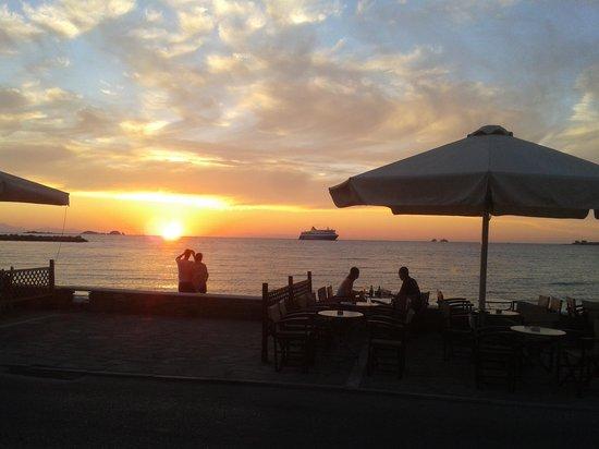 sun set from meltemi cafe