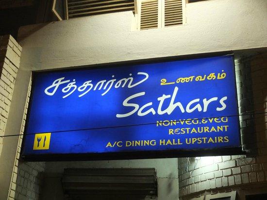 Sathars : Enseigne