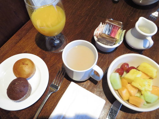 Washington Square Hotel: continental breakfast