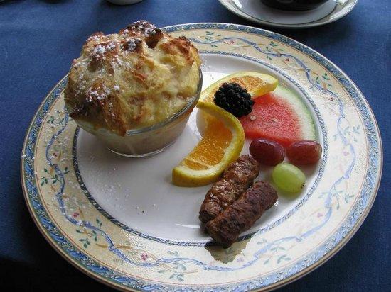 Blue Harbor House Inn : Breakfast2