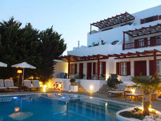 Stelia Mare Boutique Hotel : Pool area