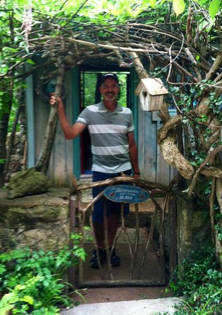 Enchanted Cottages: front entrance
