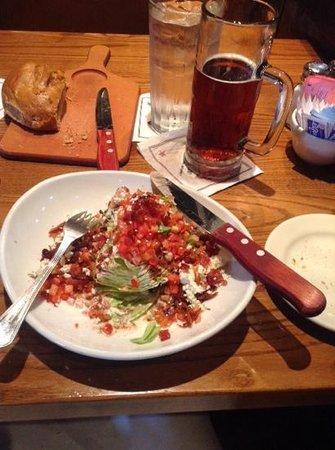 Saltgrass Steak House : the corner salad.