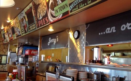 Jerry's Restaurant: Good food, friendly staff