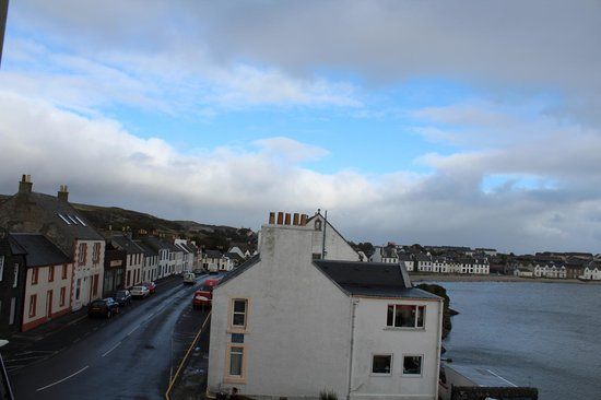 The Islay Hotel: View of Port Ellen in the day!