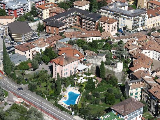 Hotel Villa Miravalle : hotel miravalle from above
