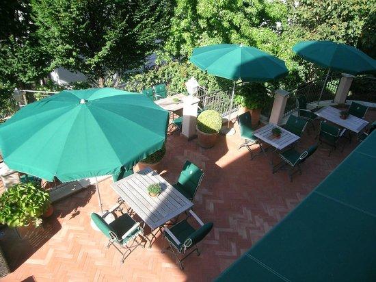 Pienzenau am Schlosspark: Terrase