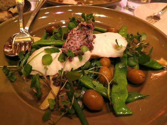 Chez Panisse : Northern halibut with watercress, black olive butter, peewee potatoes, yellow and green beans