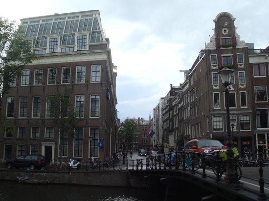 Radisson Blu Hotel, Amsterdam: liegt in ruhiger Strasse im Zentrum