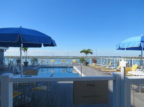 Fairfield Inn & Suites Chincoteague Island: Hotel pool