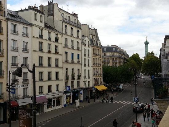 โฮเต็ล เดอ ลา เฮิร์สเซ ดอร์: Hotel and Bastille