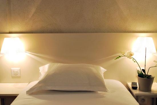 โฮเต็ล เดอ ลา เฮิร์สเซ ดอร์: single bed