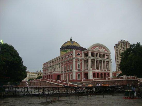 เทียโทรอมาโซนาส: Teatro Amazonas e sua cúpula