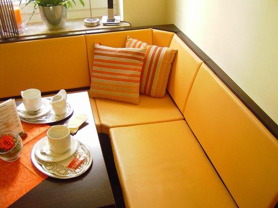 Allee-Cafe Brunnenhof: Sitzecke