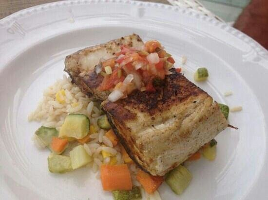 Beloved Playa Mujeres: mahi mahi