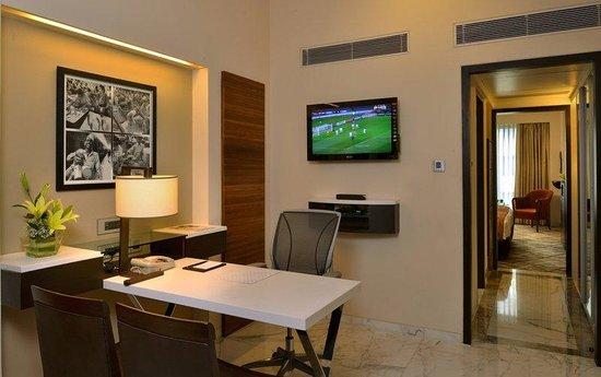 Hotel Marine Plaza: Executive Suite