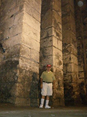Dara Mesopotamia Ruins: Cisterns at Dara (Village of Oguz)