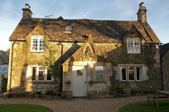 The Ragged Cot Inn: Ragged Cot