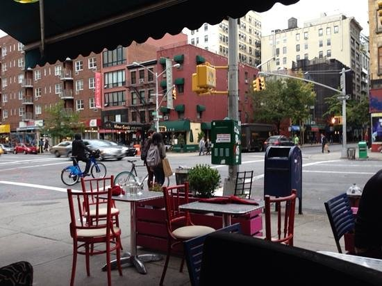 Thai Plus: open air setting on 7th Ave at 22nd