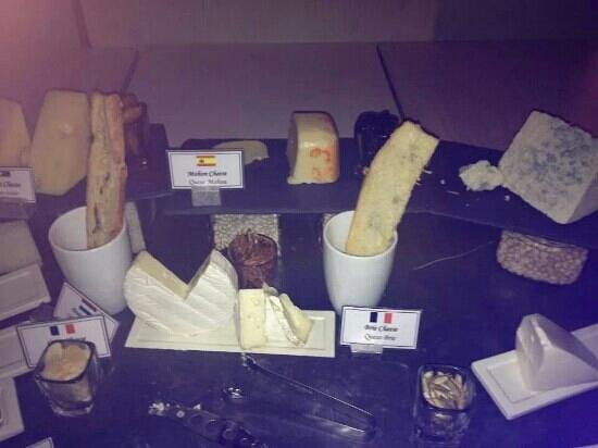 Beloved Playa Mujeres: cheese trolley at aroma