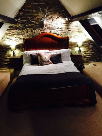 Rum Doodle Bed & Breakfast : Lovely summit room
