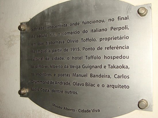 Hotel Toffolo: Placa com a história do lugar