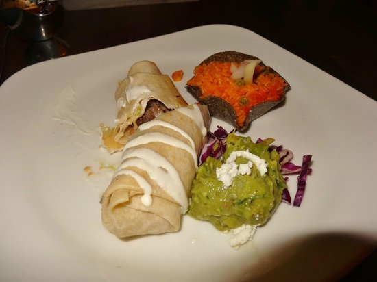 Hacienda Sisal: Skirtsteak Burrito