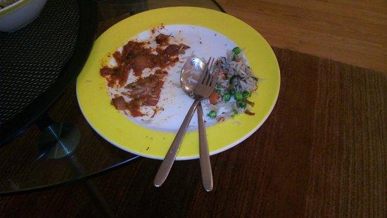 เลมอน ทรี โฮเต็ล อีเลคโทรนิกซิตี้ เบนกาลูรู: Chicken Served in Vegetarian Kadhai Paneer