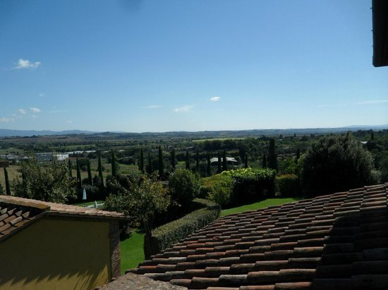 Il Casale Del Marchese: View from back of main house