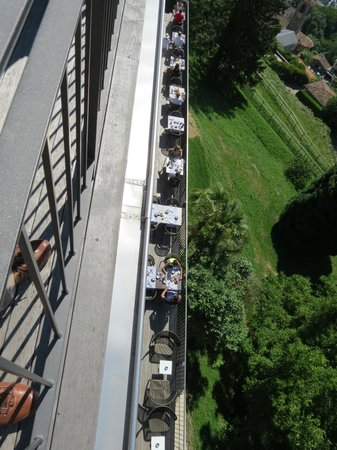 Kurhaus Cademario Hotel & Spa: Enjoy your breakfast from a long balcony terrace