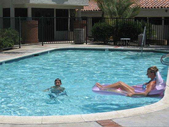 Rancho Los Coches RV Park: Heated Pool & Spa