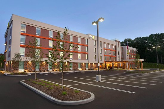 Home2 Suites by Hilton Pittsburgh / McCandless, PA: Hotel front