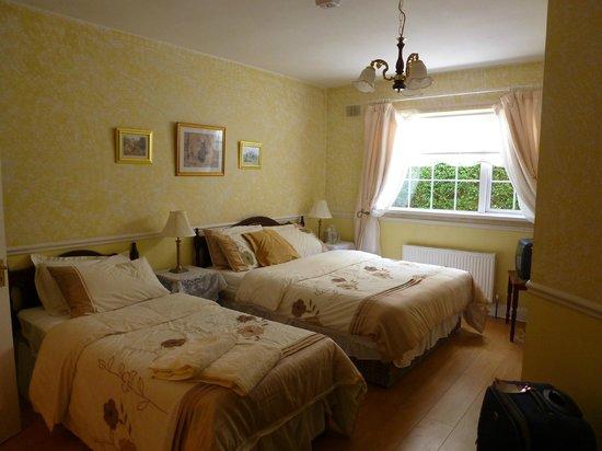 Hazelbrook Bed and Breakfast: the bedroom-la camera