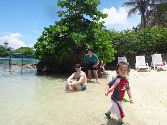 Tours in Rosario islands: en la playa de isla del Sol con mis hijos
