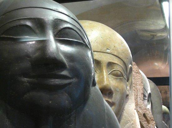 พิพิธภัณฑ์ลูฟวร์: Museu do Louvre . arte egípcia