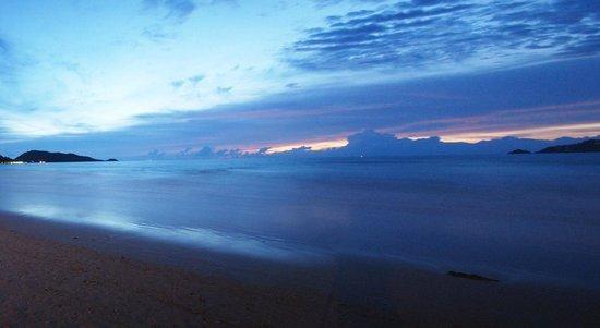 เดอะแลนเทิร์น รีสอร์ท ป่าตอง: Patong Beach
