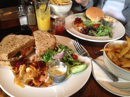 The Mill: crayfish sandwich lunch