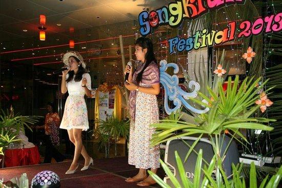 เดอะแลนเทิร์น รีสอร์ท ป่าตอง: Songkran Event ( Thai new year party on 13/4 very year)