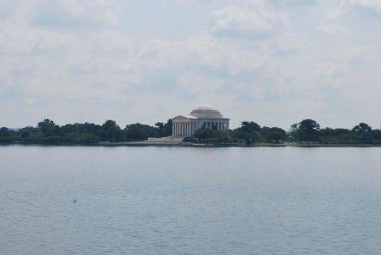 Jefferson Memorial - seen from the MLK, Jr. Memorial