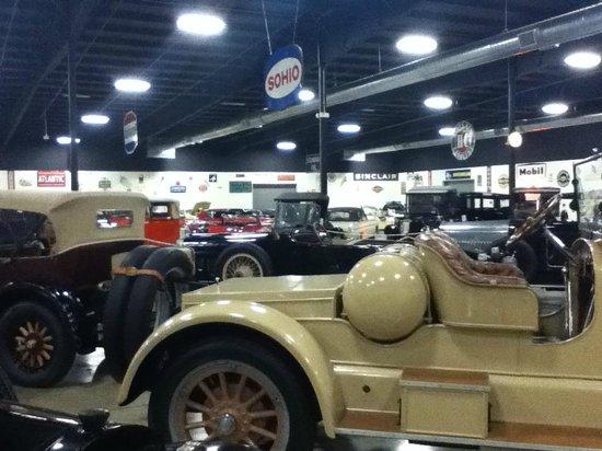 Tupelo Automobile Museum: Tupelo Auto Museum