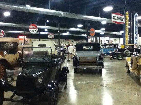 Tupelo Auto Museum Picture Of Tupelo Automobile Museum Tupelo - Tupelo car show