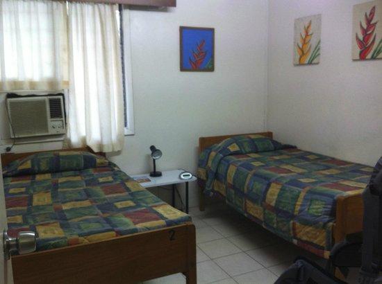 Nadi Bay Resort Hotel : Helliconia room