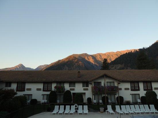 Enzian Inn : overlooking the pool